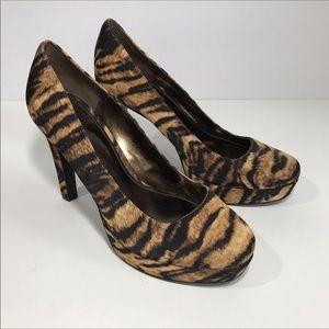 Nina Platform Round Toe Heels 6M Brown Black
